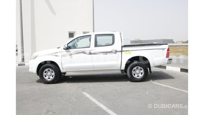 Big with watermark toyota hilux conakry import dubai 3578