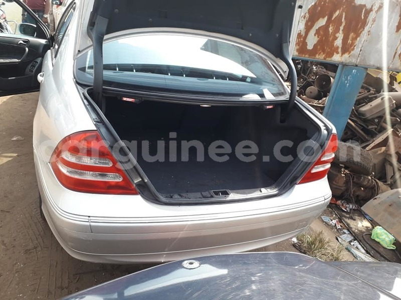 Big with watermark mercedes benz c%e2%80%93class conakry conakry 3601