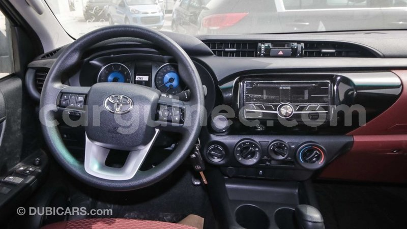 Big with watermark toyota hilux conakry import dubai 3664