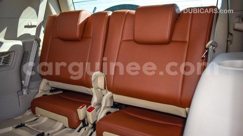 Big with watermark toyota prado conakry import dubai 3774