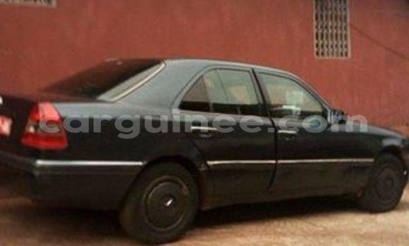 Acheter Occasion Voiture Mercedes‒Benz 200 Noir à Kaloum, Conakry