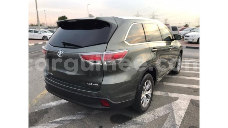 Big with watermark toyota highlander conakry import dubai 3868