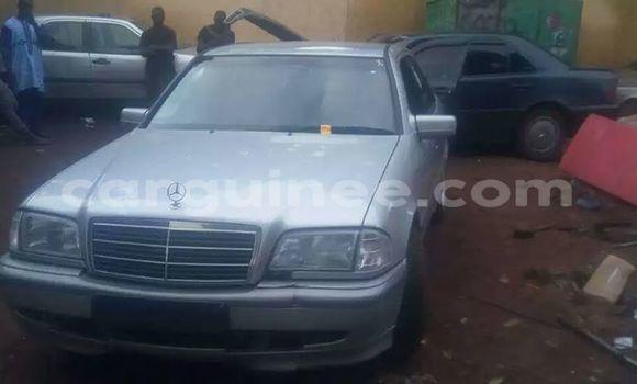 Acheter Occasion Voiture Mercedes‒Benz C-Class Gris à Kaloum au Conakry