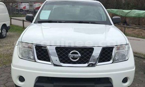 Acheter Occasion Voiture Nissan Navara Blanc à Kaloum, Conakry