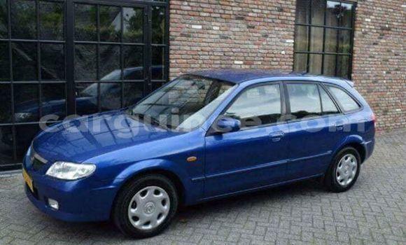 Acheter Occasion Voiture Mazda 323 Bleu à Kaloum au Conakry