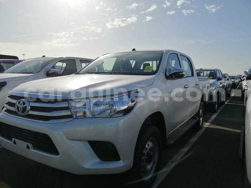Big with watermark toyota hilux conakry import dubai 4232