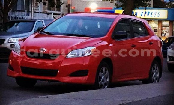 Acheter Occasions Voiture Toyota Matrix Rouge à Matam au Conakry