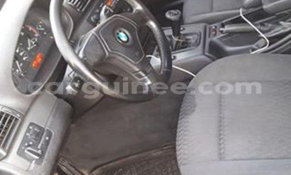 Acheter Occasion Voiture BMW 3-Series Bleu à Conakry au Conakry