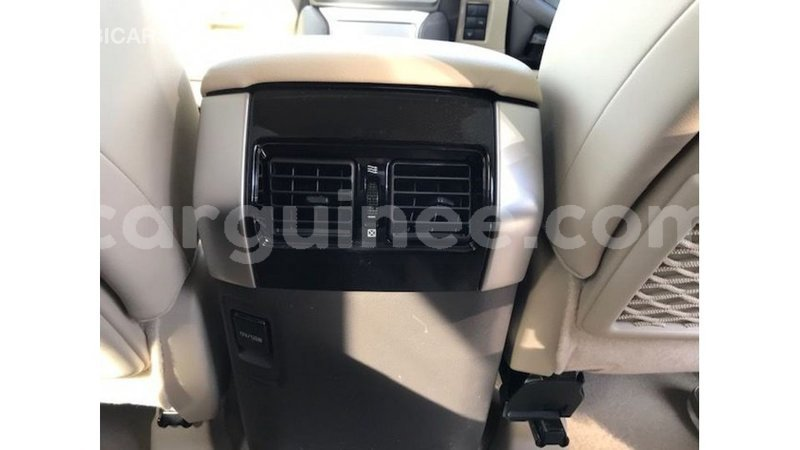 Big with watermark toyota prado conakry import dubai 4584