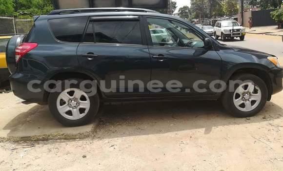 Acheter Occasions Voiture Toyota RAV4 Noir à Conakry au Conakry