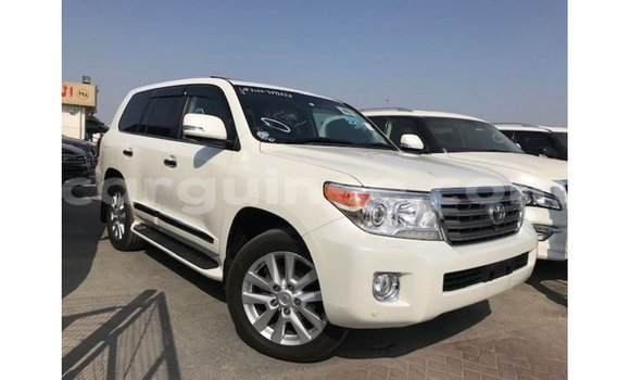 Medium with watermark toyota land cruiser conakry import dubai 4737