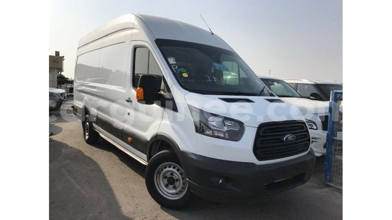 Big with watermark ford transit conakry import dubai 4960