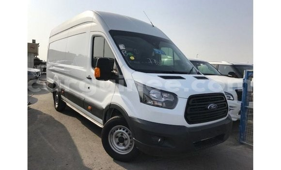 Medium with watermark ford transit conakry import dubai 4960