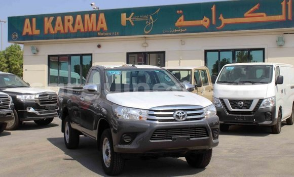 Medium with watermark toyota hilux conakry import dubai 5093