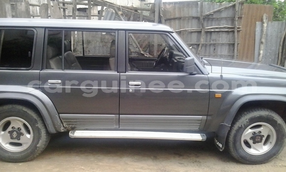 Buy Used Nissan Patrol Silver Car in Conakry in Conakry