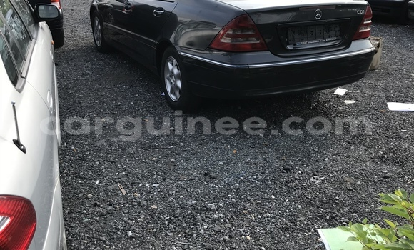 Buy Used Mercedes-Benz C-klasse Black Car in Conakry in Conakry