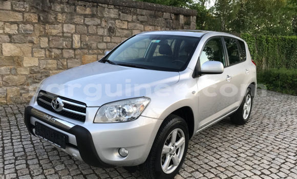 Buy Imported Toyota RAV 4 Silver Car in Conakry in Conakry