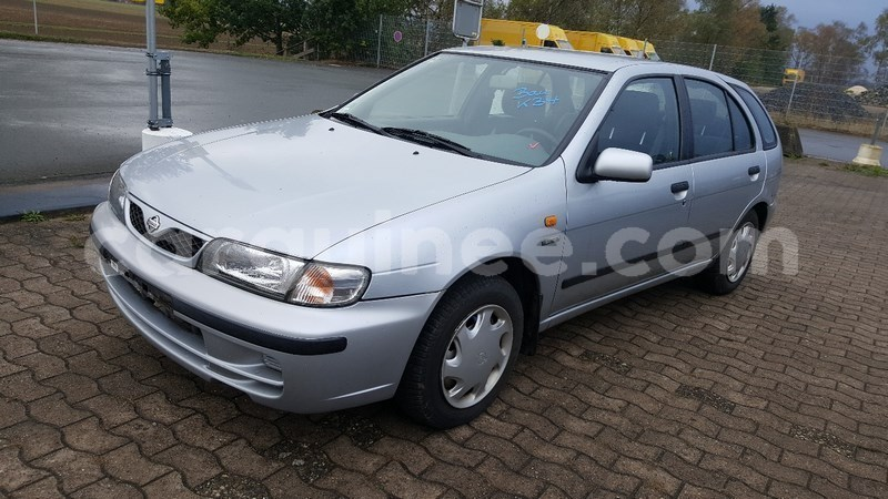 Big with watermark nissan almera 1999 automatic 1