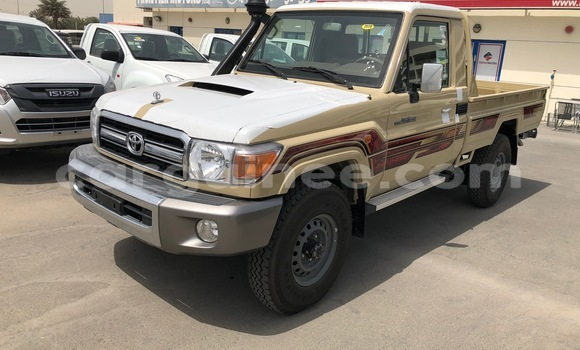 Buy Imported Toyota Land Cruiser Beige Car in Conakry in Conakry