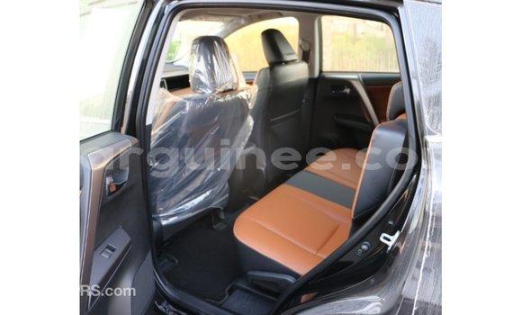 Acheter Importé Voiture Toyota RAV4 Noir à Import - Dubai, Conakry
