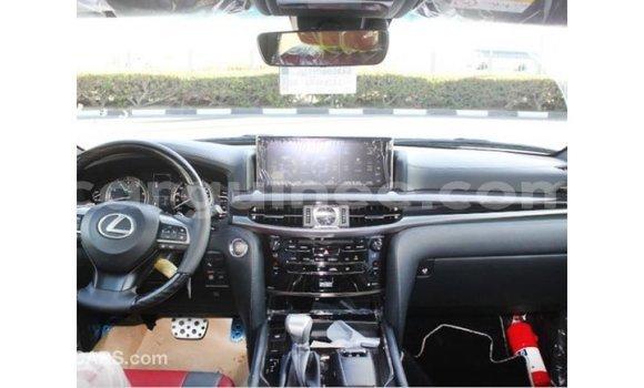 Acheter Importé Voiture Lexus LX Blanc à Import - Dubai, Conakry