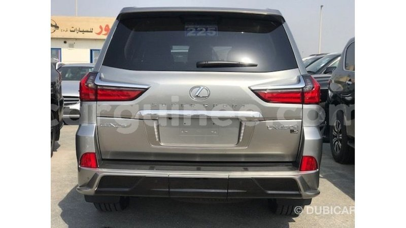 Big with watermark lexus lx conakry import dubai 6422