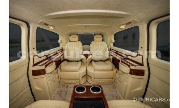 Acheter Importé Voiture Mercedes-Benz 190 (W201) Noir à Import - Dubai, Conakry