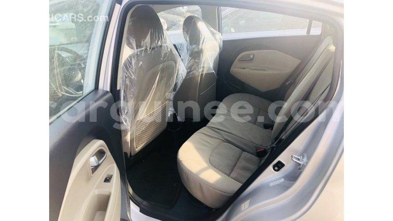 Big with watermark kia rio conakry import dubai 6590