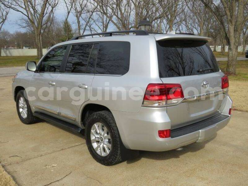 Big with watermark toyota land cruiser conakry conakry 6852