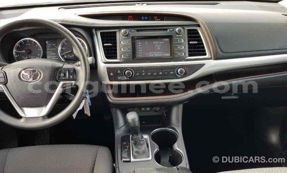 Acheter Importé Voiture Toyota Highlander Marron à Import - Dubai, Conakry