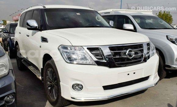 Acheter Importé Voiture Nissan Patrol Blanc à Import - Dubai, Conakry