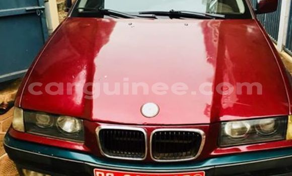 Acheter Occasion Voiture BMW 3–Series Rouge à Conakry, Conakry
