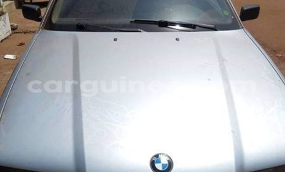 Acheter Occasion Voiture BMW 3–Series Gris à Conakry, Conakry